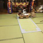 お寺の拝敷